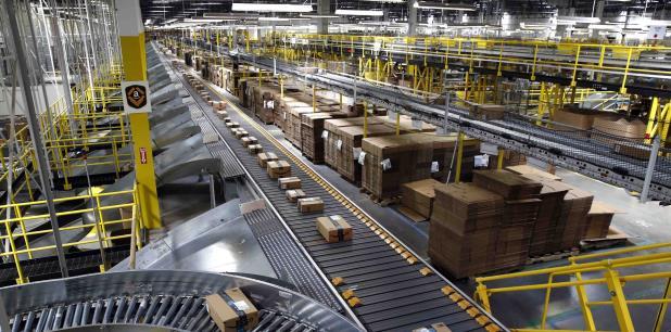 Empleados de Amazon decretan paro en medio del Black
